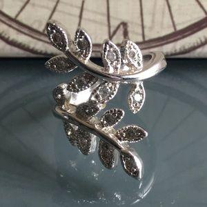 ⭐️ Leaf Wrap Design Silver Ring⭐️